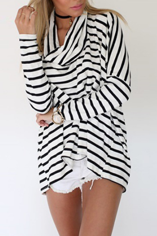 Fashion Striped Long-Sleeved High-Necked T-Shirt