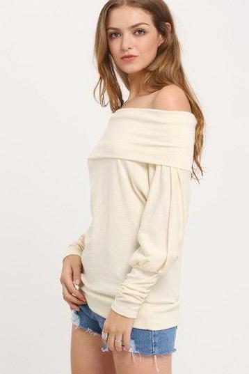 Dew shoulder long-sleeved sweater