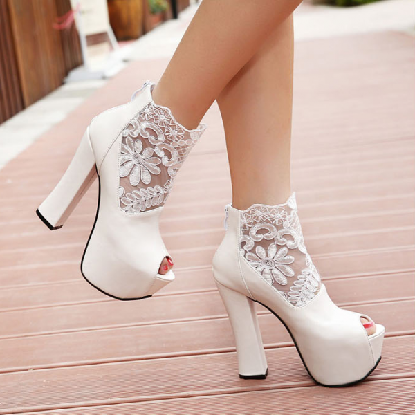 2015 club fashion women's shoes lace ultra cool with female boots